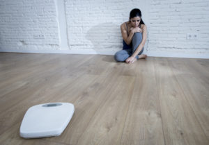 5-signs-you-may-have-an-eating-disorder-lifeworks-counseling-center